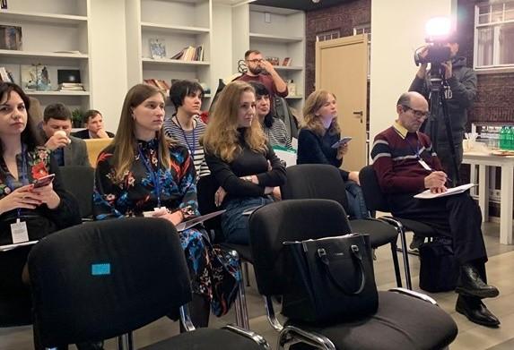 """Історія регіональної координаторки ВО """"ВОНА"""" перемогла у конкурсі журналістських робіт"""